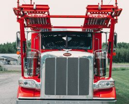 2020 Peterbilt 389 Stinger